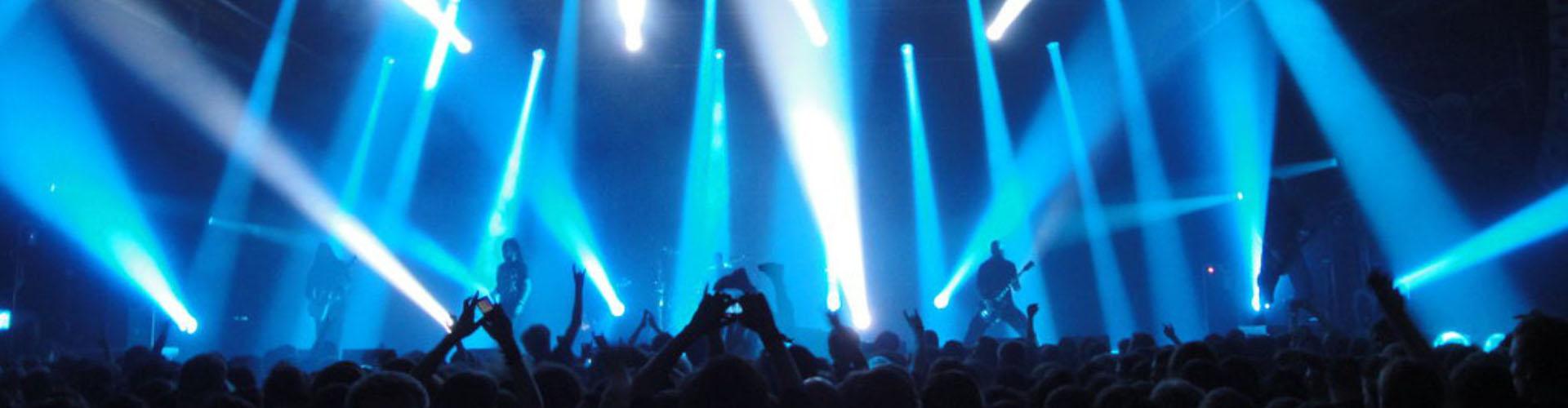 EDP Beach Party com ecrãs led, luz e som da Décibel